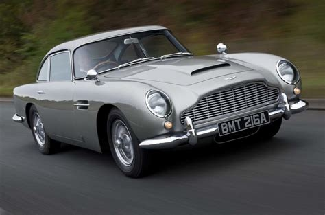 what it s like to drive james bond s aston martin db5