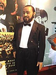 Nicoletta Mantovani Biografia Luciano Pavarotti