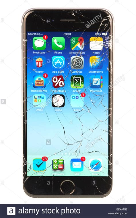 broken screen iphone 6 apple iphone 6 with a broken screen after being dropped on