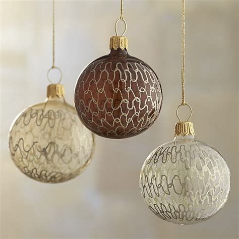splendid ideas for christmas tree decoration with silver and gold ornaments