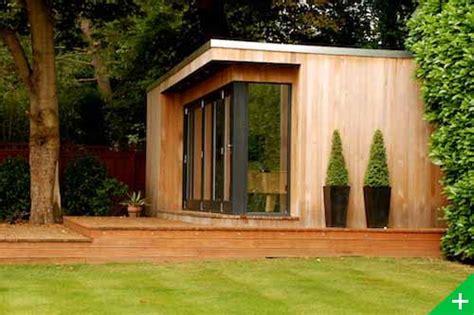 bureau de jardin prix studio de jardin en ossature bois spacieux polyvalent