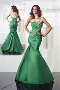 green wedding dresses tips for shopping wedding green gowns weddbook