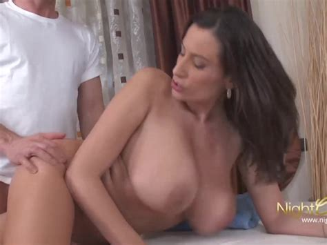 Big Tits Mature Fucked During Massage Free Porn Videos