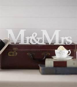 Mr Mrs Deko Buchstaben : holzbuchstaben mr mrs my bridal shower schweiz ~ Markanthonyermac.com Haus und Dekorationen