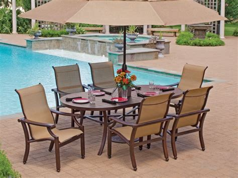 castelle grand regent sling has clean lines and