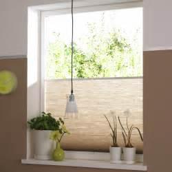 rollo für badezimmer ermöglichen sichtschutz rollos und plissee auch einen effizienten sonnenschutz der