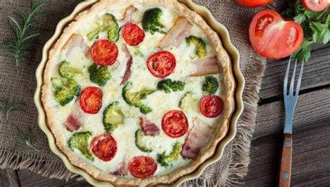 Sāļais pīrāgs un svaigi salāti: septiņas kārdinošas ...