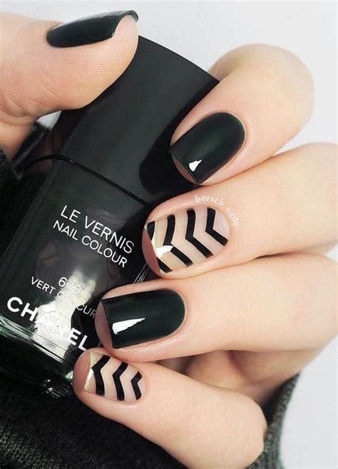 20 diseños de uñas para invocar a tu bruja interior en halloween. 10 diseños de uñas negras que debes usar porque se ven increíbles   Mujer de 10