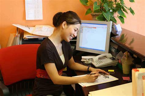 front desk receptionist duties use this receptionist description today wonolo