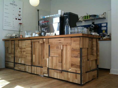 bureau comptoir tabouret cuisine bois soleil poussire utilisation normale