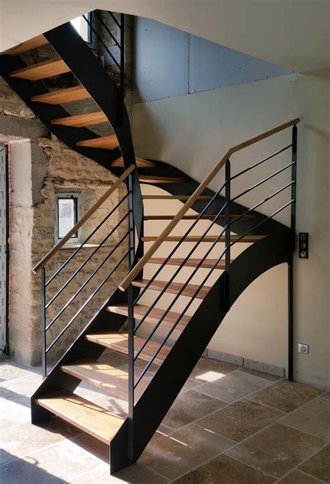 escalier fer plat et garde corps acier