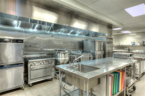 cuisine kitchen small cafe kitchen designs restaurant saloon designer