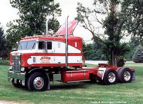 antique kenworth trucks 10408 best cool old kw and petes images on pinterest