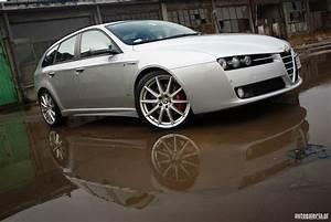 Alfa Romeo 159 Sw Ti : alfa romeo 159 sportwagon 3 2 v6 ti q4 ~ Medecine-chirurgie-esthetiques.com Avis de Voitures