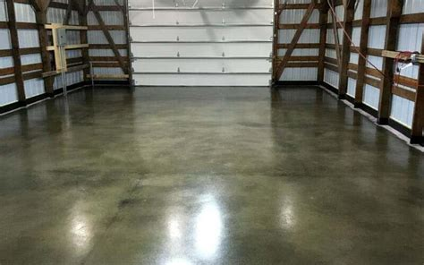 Garage Floor Paint Vs Stain by Why This Water Based Concrete Stain Is Better Than Acid