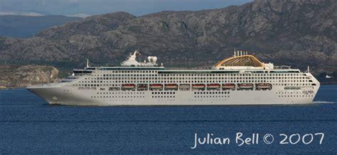 Cruise Ship Oceana Sinks | Fitbudha.com
