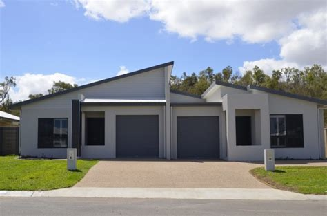 Modern Duplex House In Cosgrove Estate In Townsville