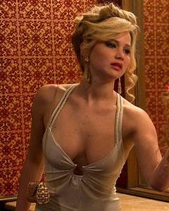 Jennifer lawrence has an unapologetic and epic response to for American hustle bathroom scene