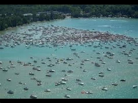 Chicago Boat Party 4th Of July by Torch Lake Michigan 4th Of July Party At The Sand Bar