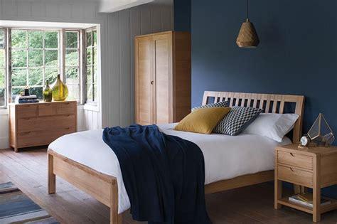Bedroom Design Ideas With Oak Furniture by Best 25 Oak Bedroom Ideas On