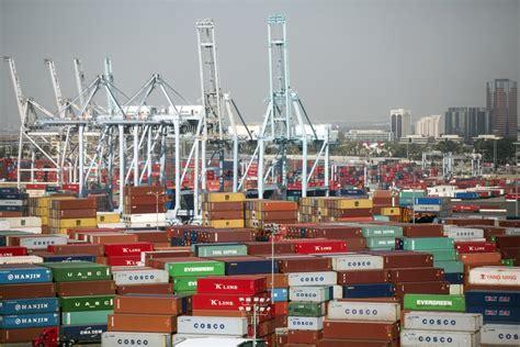 port long warehouse los angeles beach workers cargo ships ports begin truckers strikes loaded file feb friday kpcc trump trade