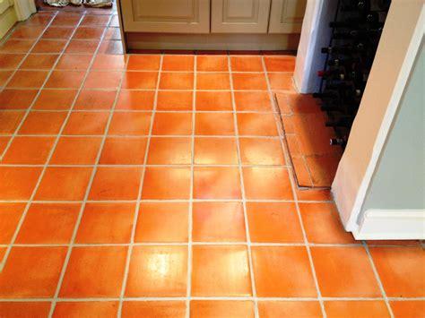 how to clean kitchen floor tiles tiled floor oxfordshire tile doctor 8559