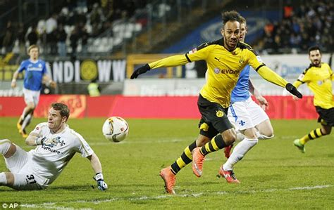 Borussia Dortmund striker Pierre-Emerick Aubameyang is ...