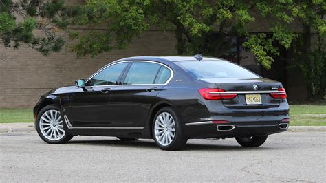 The 2019 Bmw 7 Series G11 Review And Specs  Car Review 2019