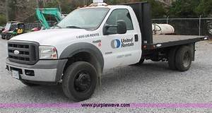 2005 Ford F450 Xl Super Duty Flatbed Truck