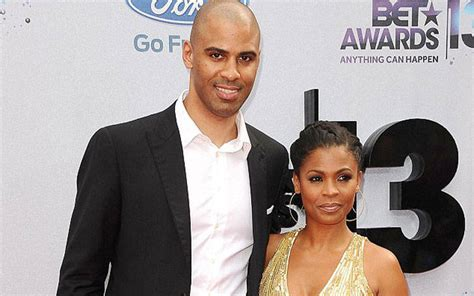 actress nia long married nia long engaged to boyfriend ime udoka in 2015 planning