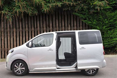 toyota proace verso family compact   vehicle