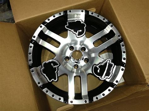 Bass Boat Trailer Wheels by Basscat S New 18 Quot Wheels Are Now Available