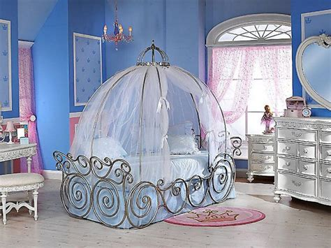 adorable  fun cinderella baby bedroom designs atzinecom
