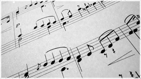Seni musik ini selalu mengalami perkembangan dari waktu ke waktu. 8+ Unsur-Unsur Musik Beserta Pengertian dan Contohnya Lengkap