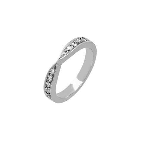 18ct white gold bow shaped 0 17ct diamond wedding ring