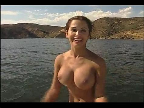 Naked On The River Xvideos Com