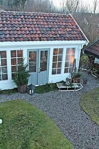 Gartenhaus Mit Fenster : ein hellblaues gartenhaus mit gro en fenster mehr information ber die gartenh user auf pineca ~ Whattoseeinmadrid.com Haus und Dekorationen