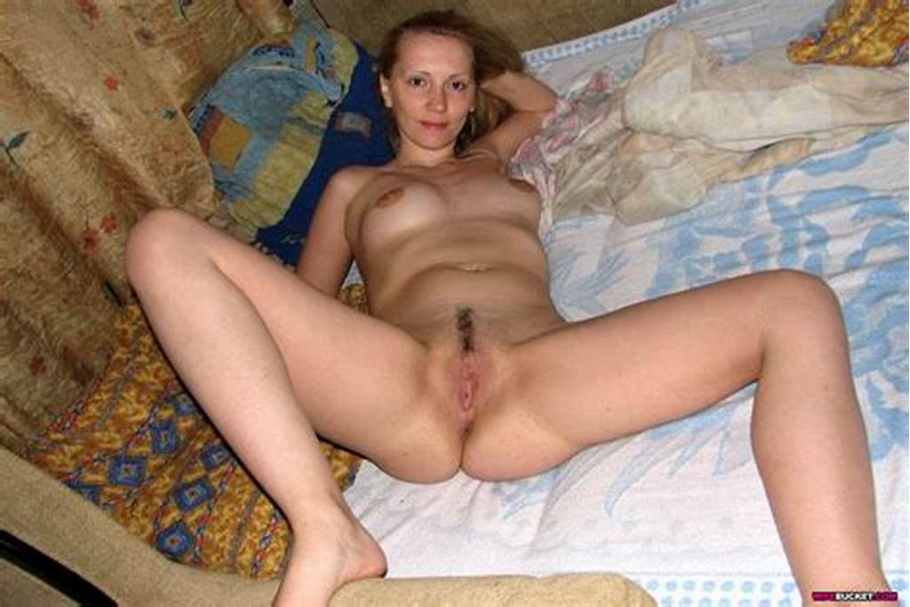 #Sexy #Amateur #Nude #Milf #Housewives