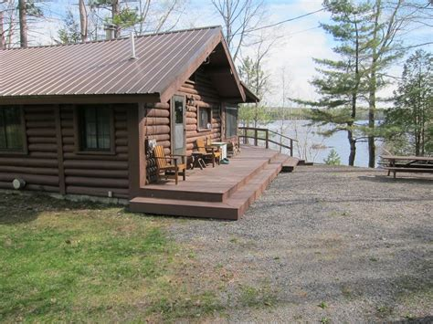 waterfront cabin rentals in secluded waterfront log cabin monson maine highlands