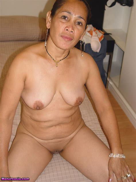 horny old filipina takes it on the ass