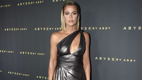 Khloe Kardashian Is Wiping an 'Unedited' Photo of Her From ...