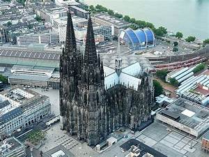 25 Magnificent Pictures Of The Cologne Cathedral In