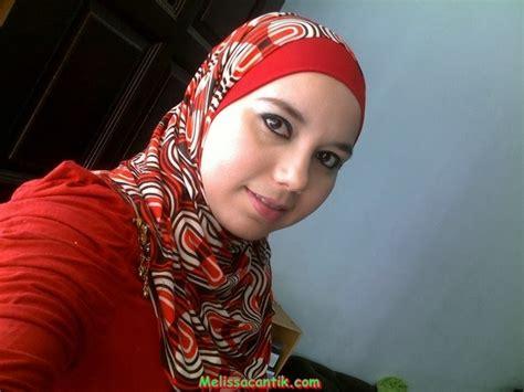 hijabers seksi foto syur tante arab berkerudung buah dada super gede