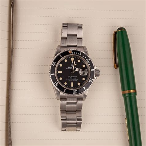 Buy Used Rolex Submariner 16800 | Bob's Watches - Sku: 127083