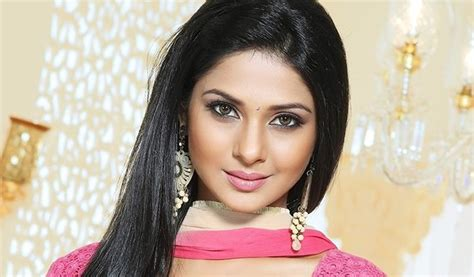 actress jennifer winget husband jennifer winget age height weight bio family husband