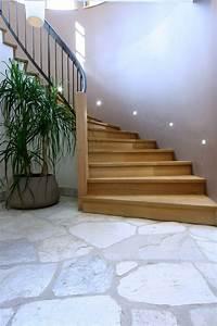 Treppen Fliesen Holzoptik : blaue k che deko ~ Markanthonyermac.com Haus und Dekorationen