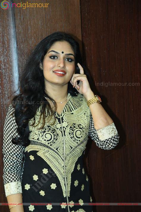 Prayaga Martin Actress Photos Stills Pictures And Hot