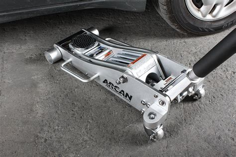 The Best Floor Jacks Available Today!