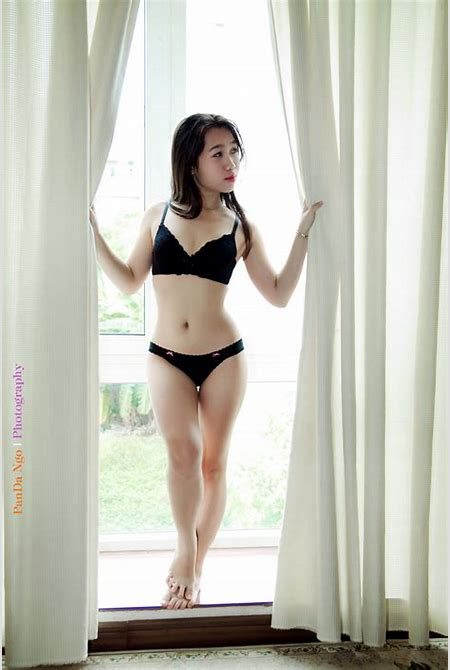 Vietnamese Sexy Lady Nude Bathing Style So Cute page - Milmon Sexy PicPost
