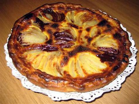 tarte poire chocolat pate feuilletee recette de tarte au chocolat et aux poires
